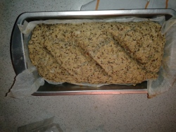 Vitalbrot mit Hefe gebacken